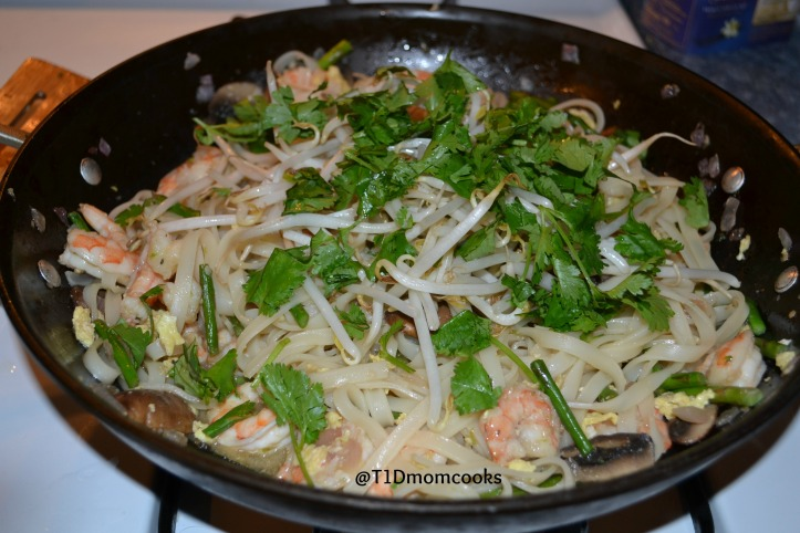 shrimp pad thai 2 c