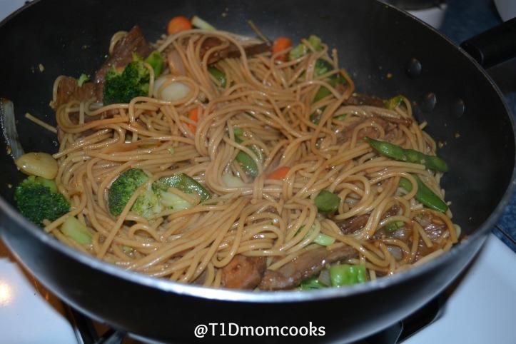 beef veg lo mein (5) C