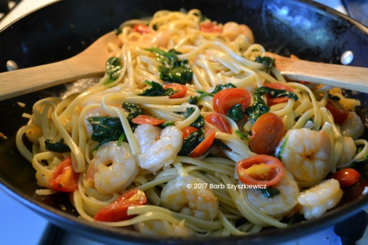 shrimp with garlic tomato spinach over pasta (1c)