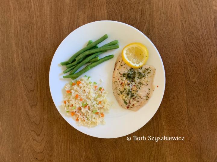Garlic Pepper Tilapia by Barb Szyszkiewicz (CookAndCount.Wordpress.com)